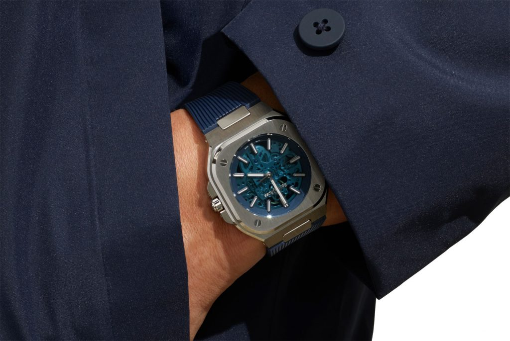 BR05 Skeleton Blue: Sắc xanh thời thượng từ Bell & Ross