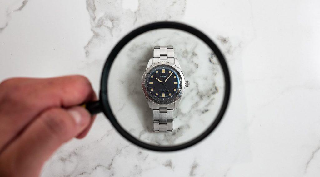 Hãy tham khảo những mẹo sau đây để việc vệ sinh đồng hồ dễ dàng hơn