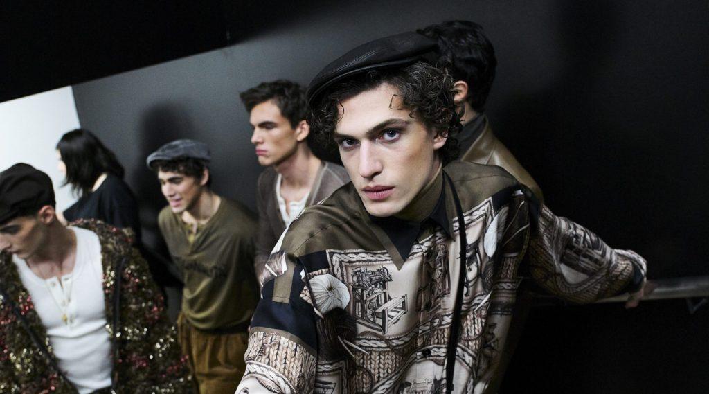 Giải mã chủ nghĩa tinh hoa từ bộ sưu tập Dolce & Gabbana Thu Đông 2020-21