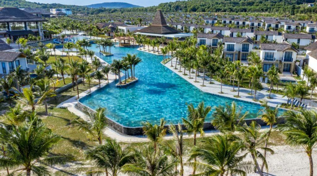 Khám phá khu nghỉ dưỡng đầu tiên của thương hiệu New World tại Việt Nam