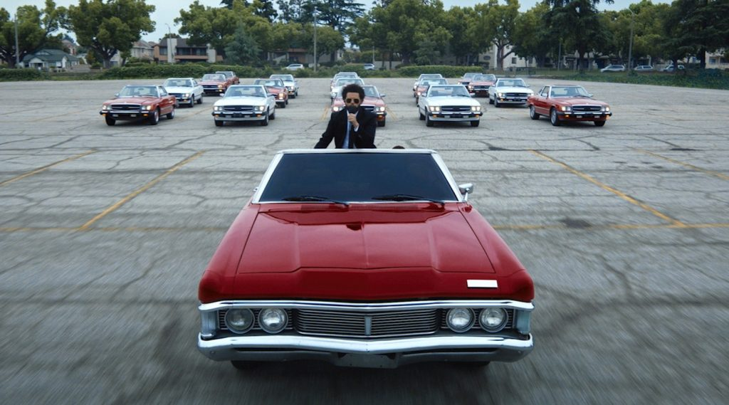 "The Weeknd ""dàn trận"" xe cổ tại Billboard Music Awards 2021"