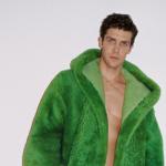 "Bottega Veneta ""Wardrobe 02"": Khi chủ nghĩa tối đa và tối giản giao thoa"