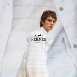 Hermès Men Xuân Hè 2022: Nguồn sinh lực tái tạo từ sự tự do