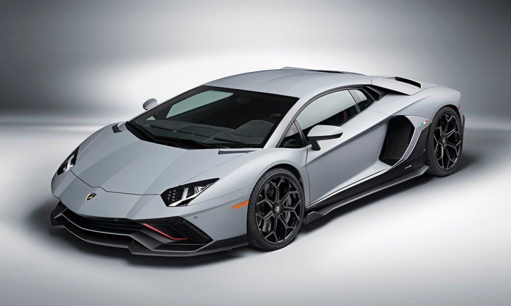 Aventador Ultimae: Siêu xe cuối cùng được Lamborghini trang bị động cơ V12 hút khí tự nhiên
