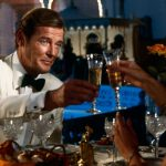 Các chai sâm panh từng gắn liền với Điệp viên 007 James Bond